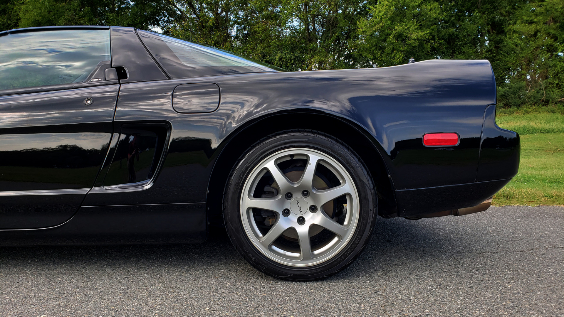 Used 1995 Acura NSX OPEN TOP / 5-SPD MAN / LOW MILES / SUPER CLEAN for sale Sold at Formula Imports in Charlotte NC 28227 12