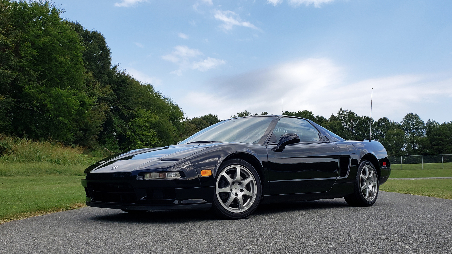 Used 1995 Acura NSX OPEN TOP / 5-SPD MAN / LOW MILES / SUPER CLEAN for sale Sold at Formula Imports in Charlotte NC 28227 2