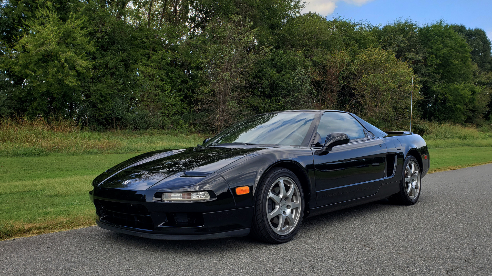 Used 1995 Acura NSX OPEN TOP / 5-SPD MAN / LOW MILES / SUPER CLEAN for sale Sold at Formula Imports in Charlotte NC 28227 7