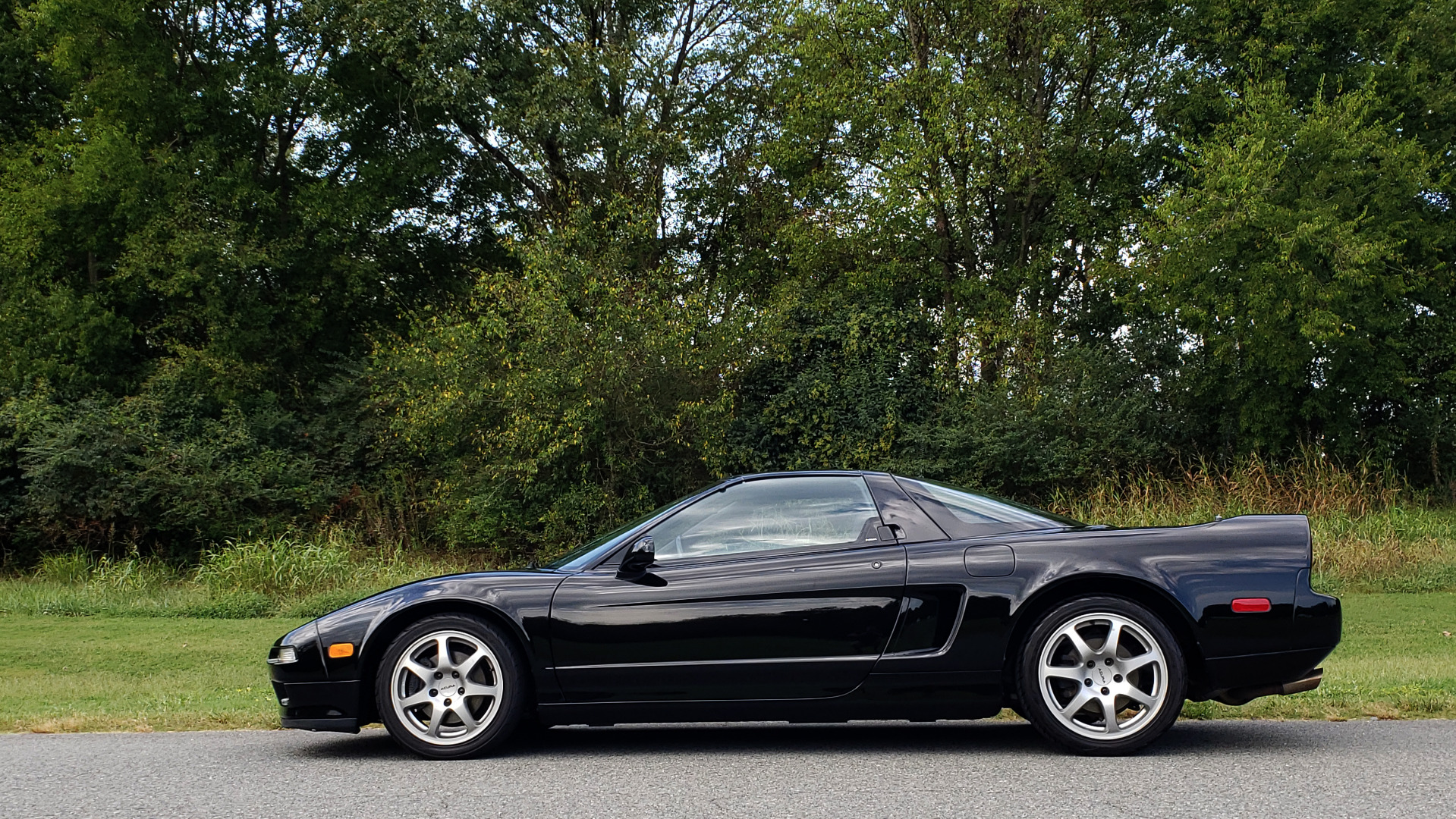 Used 1995 Acura NSX OPEN TOP / 5-SPD MAN / LOW MILES / SUPER CLEAN for sale Sold at Formula Imports in Charlotte NC 28227 8