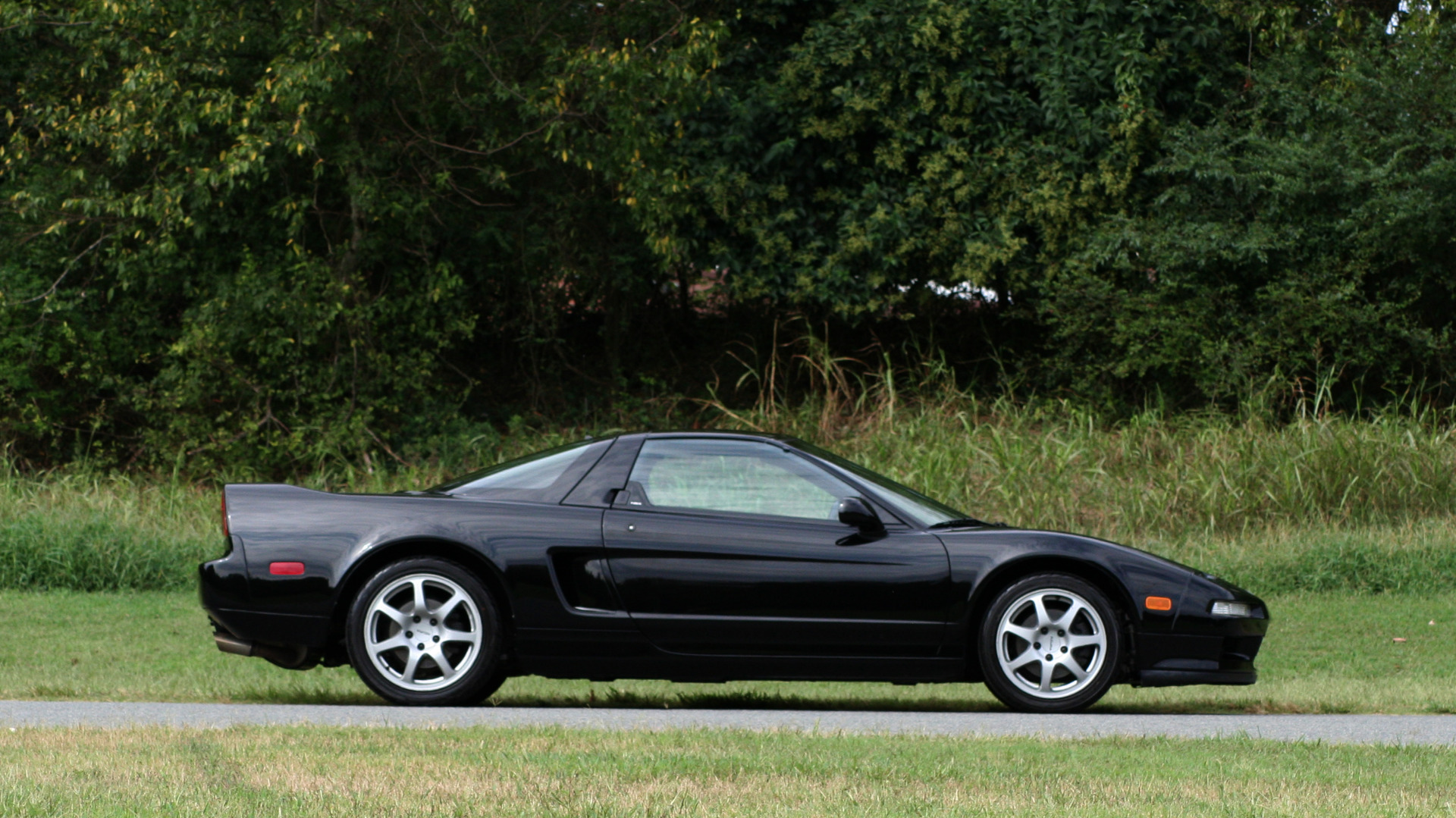 Used 1995 Acura NSX OPEN TOP / 5-SPD MAN / LOW MILES / SUPER CLEAN for sale Sold at Formula Imports in Charlotte NC 28227 80
