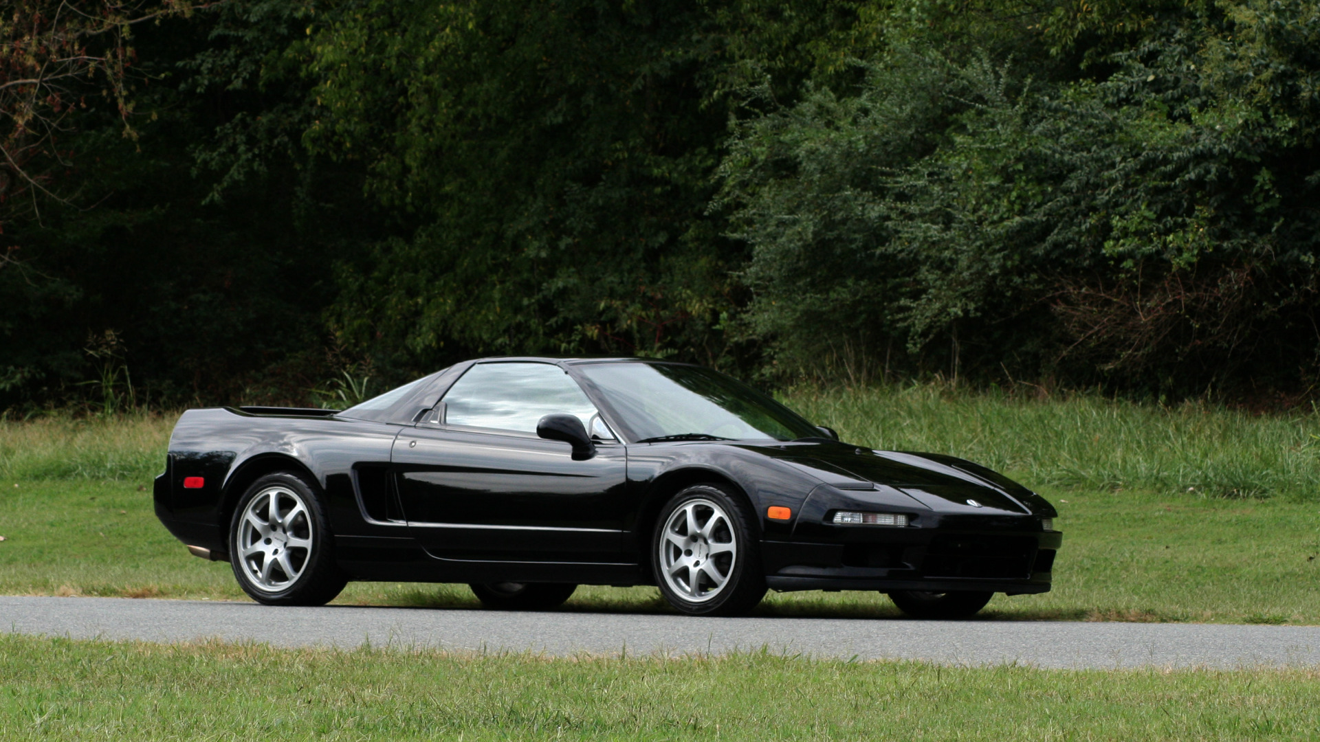Used 1995 Acura NSX OPEN TOP / 5-SPD MAN / LOW MILES / SUPER CLEAN for sale Sold at Formula Imports in Charlotte NC 28227 81