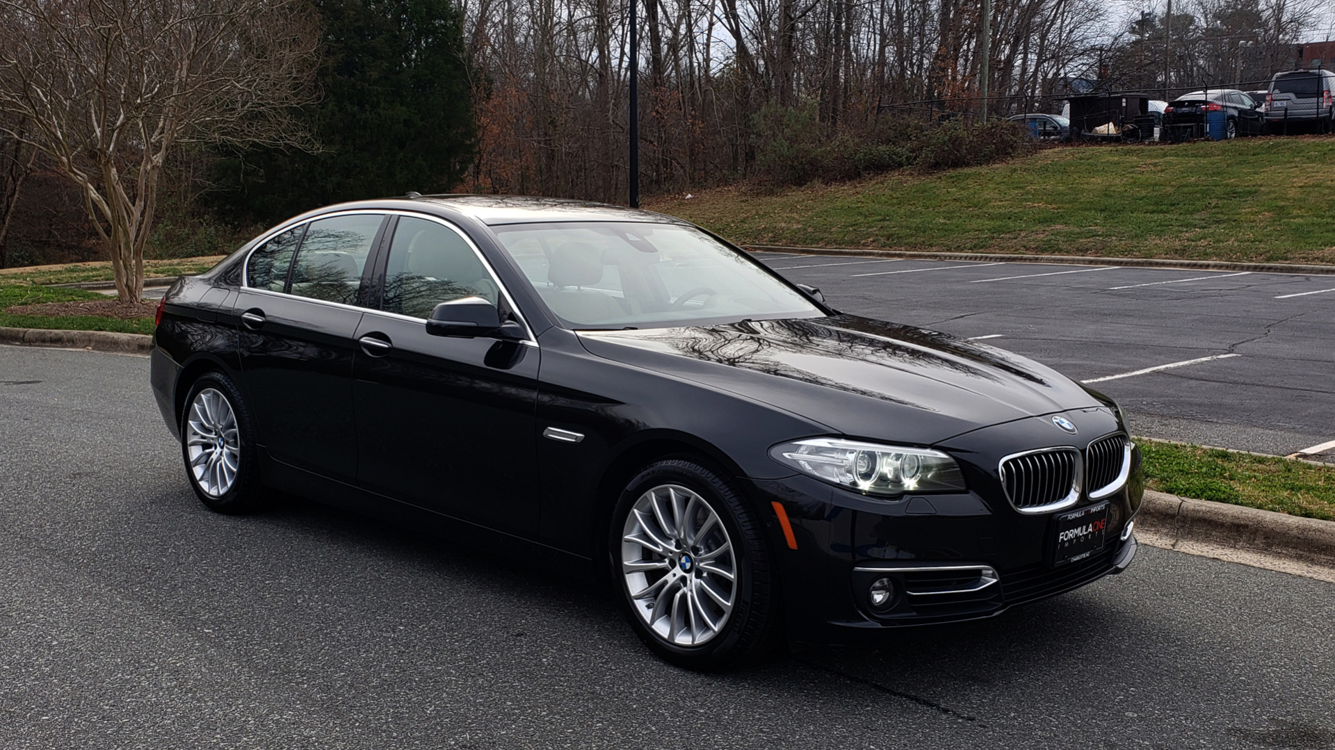 Used 2016 BMW 5 SERIES 528i XDRIVE / PREM PKG / DRVR ASST PLUS / LUXURY / COLD WTHR for sale Sold at Formula Imports in Charlotte NC 28227 11