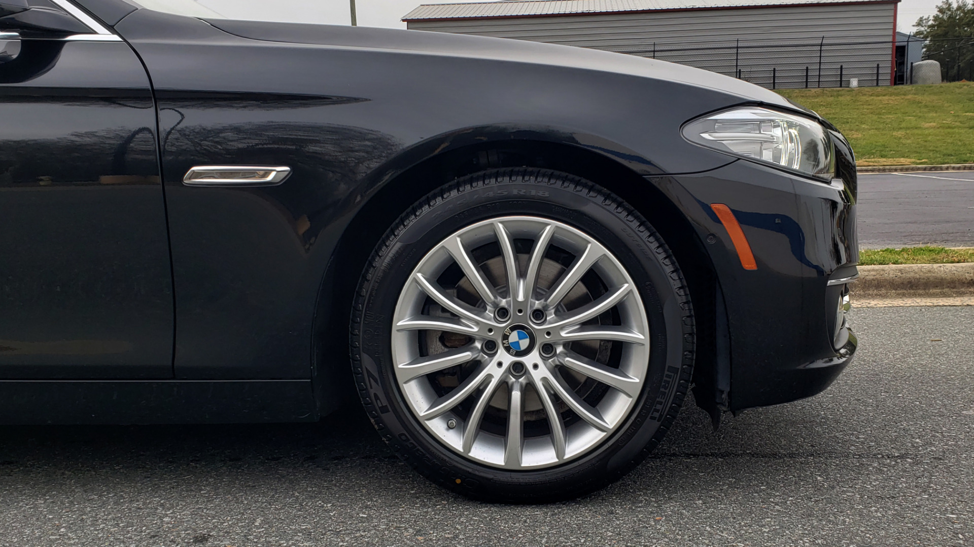 Used 2016 BMW 5 SERIES 528i XDRIVE / PREM PKG / DRVR ASST PLUS / LUXURY / COLD WTHR for sale Sold at Formula Imports in Charlotte NC 28227 13