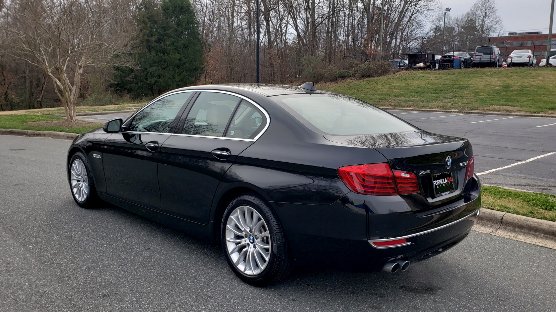 Used 2016 BMW 5 SERIES 528i XDRIVE / PREM PKG / DRVR ASST PLUS / LUXURY / COLD WTHR for sale Sold at Formula Imports in Charlotte NC 28227 3