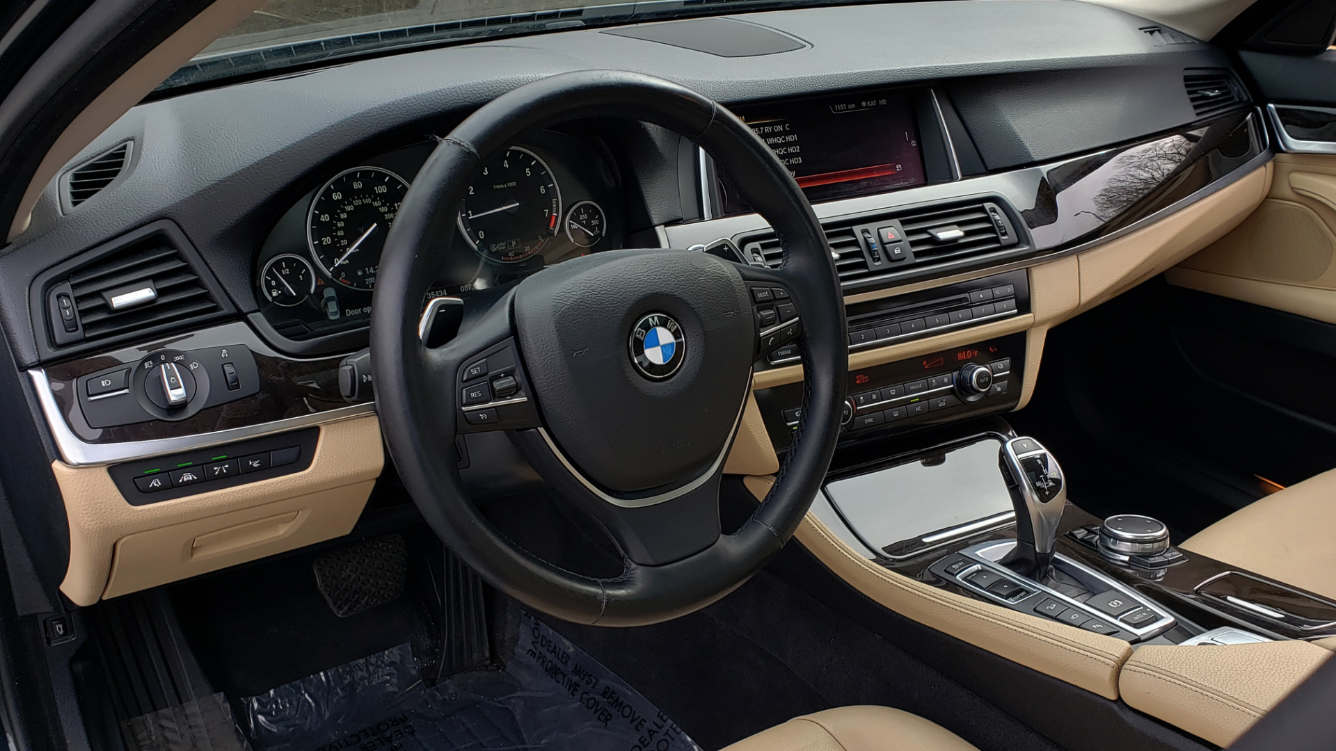 Used 2016 BMW 5 SERIES 528i XDRIVE / PREM PKG / DRVR ASST PLUS / LUXURY / COLD WTHR for sale Sold at Formula Imports in Charlotte NC 28227 39