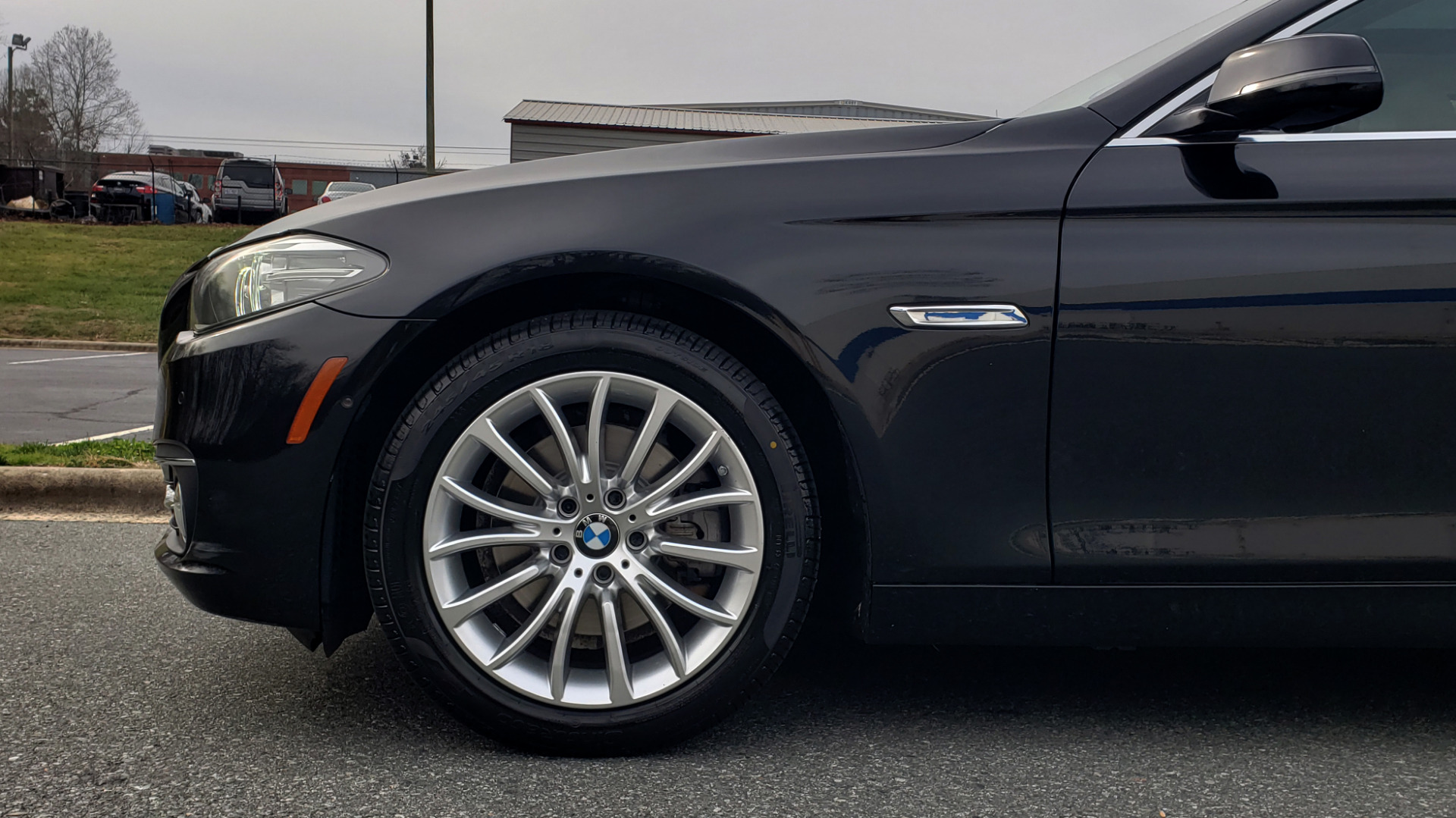 Used 2016 BMW 5 SERIES 528i XDRIVE / PREM PKG / DRVR ASST PLUS / LUXURY / COLD WTHR for sale Sold at Formula Imports in Charlotte NC 28227 6