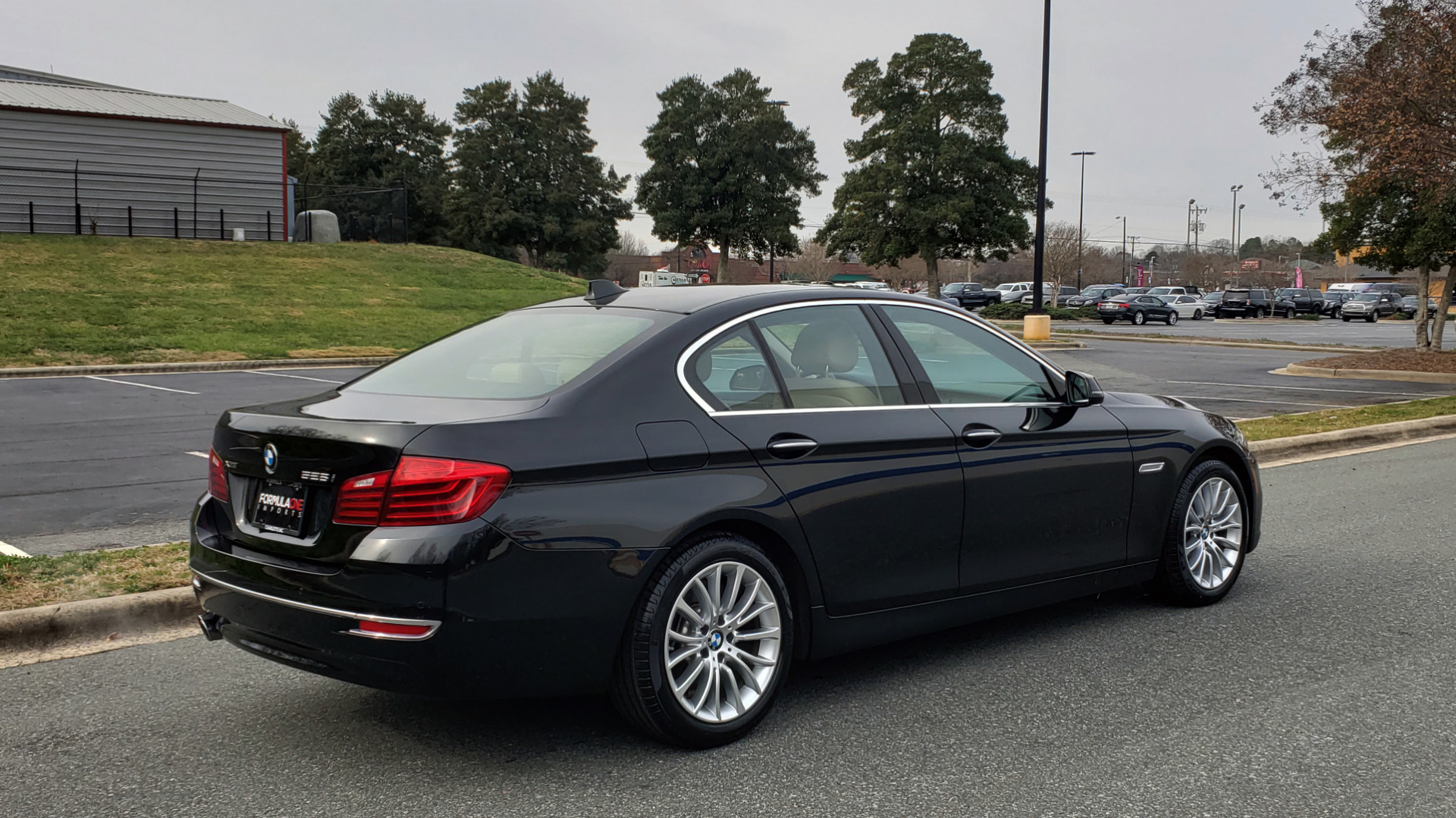 Used 2016 BMW 5 SERIES 528i XDRIVE / PREM PKG / DRVR ASST PLUS / LUXURY / COLD WTHR for sale Sold at Formula Imports in Charlotte NC 28227 9