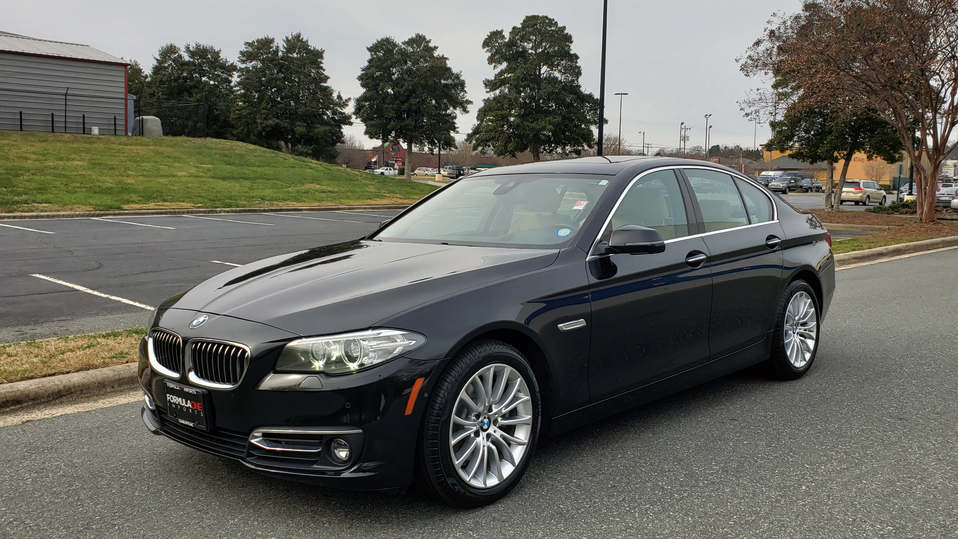Used 2016 BMW 5 SERIES 528i XDRIVE / PREM PKG / DRVR ASST PLUS / LUXURY / COLD WTHR for sale Sold at Formula Imports in Charlotte NC 28227 1