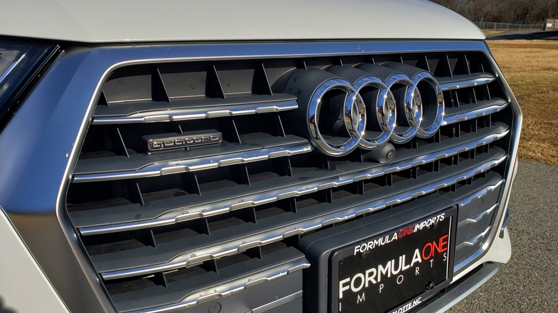 Used 2017 Audi Q7 PRESTIGE / DRVR ASST / CLD WTHR / TOW PKG / BOSE for sale Sold at Formula Imports in Charlotte NC 28227 10