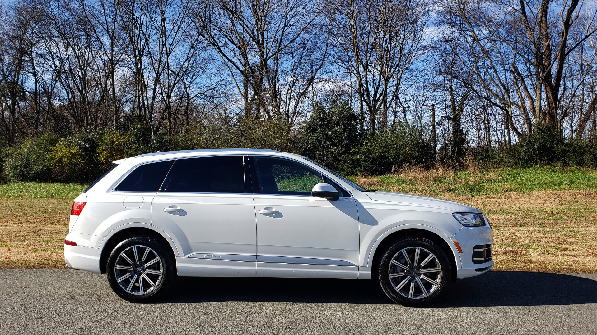 Used 2017 Audi Q7 PRESTIGE / DRVR ASST / CLD WTHR / TOW PKG / BOSE for sale Sold at Formula Imports in Charlotte NC 28227 14