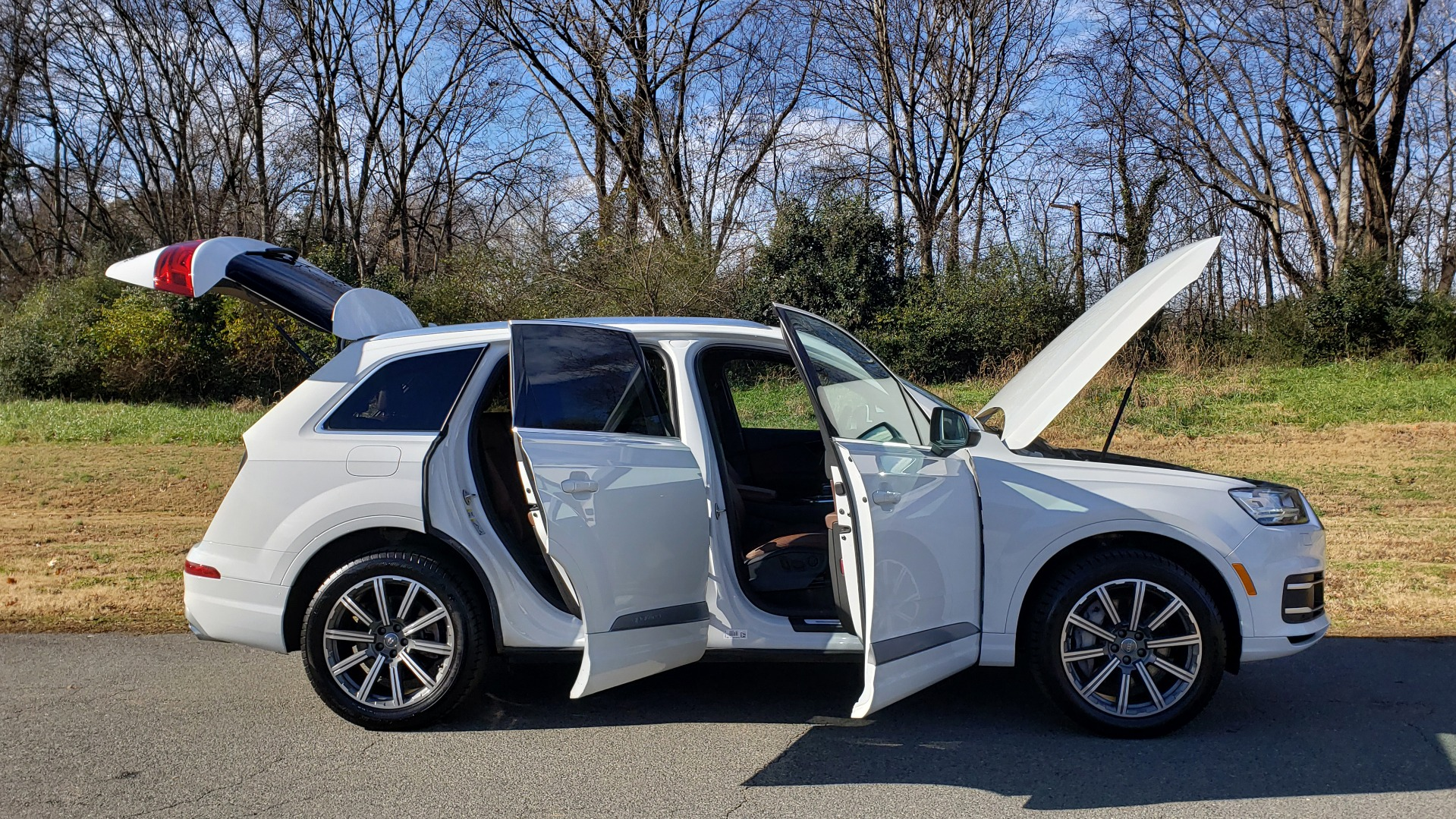 Used 2017 Audi Q7 PRESTIGE / DRVR ASST / CLD WTHR / TOW PKG / BOSE for sale Sold at Formula Imports in Charlotte NC 28227 16