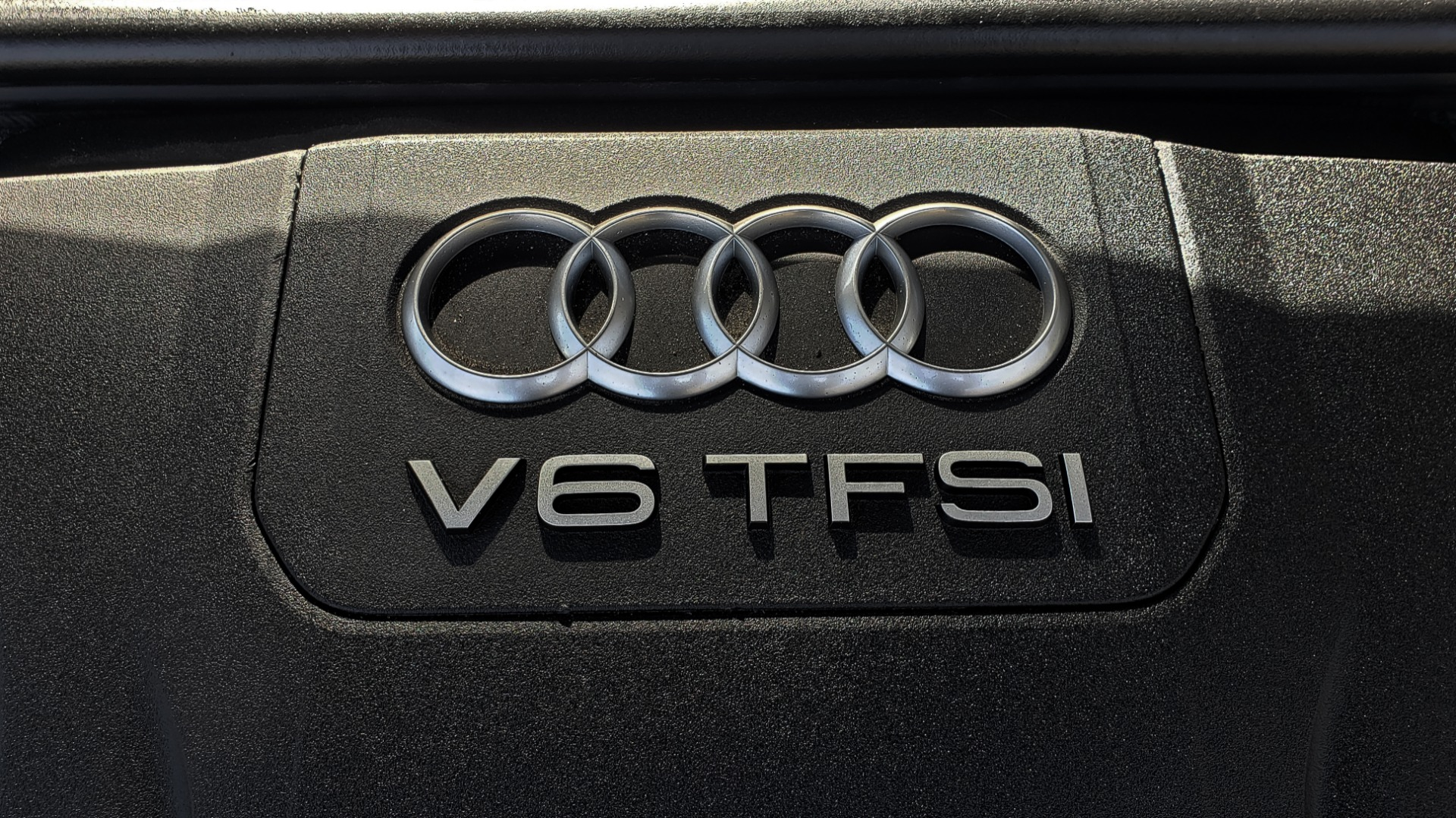 Used 2017 Audi Q7 PRESTIGE / DRVR ASST / CLD WTHR / TOW PKG / BOSE for sale Sold at Formula Imports in Charlotte NC 28227 19