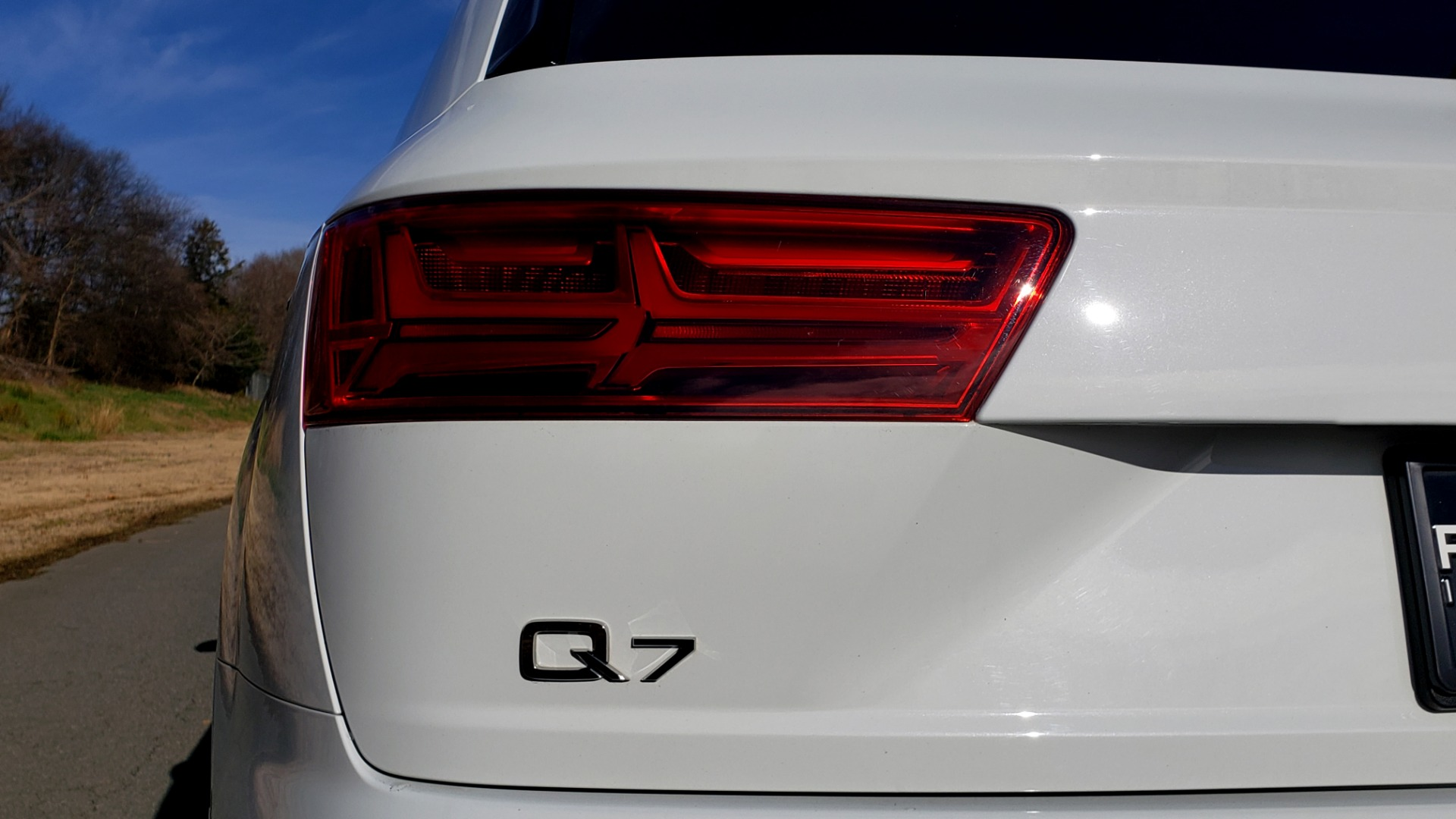 Used 2017 Audi Q7 PRESTIGE / DRVR ASST / CLD WTHR / TOW PKG / BOSE for sale Sold at Formula Imports in Charlotte NC 28227 27