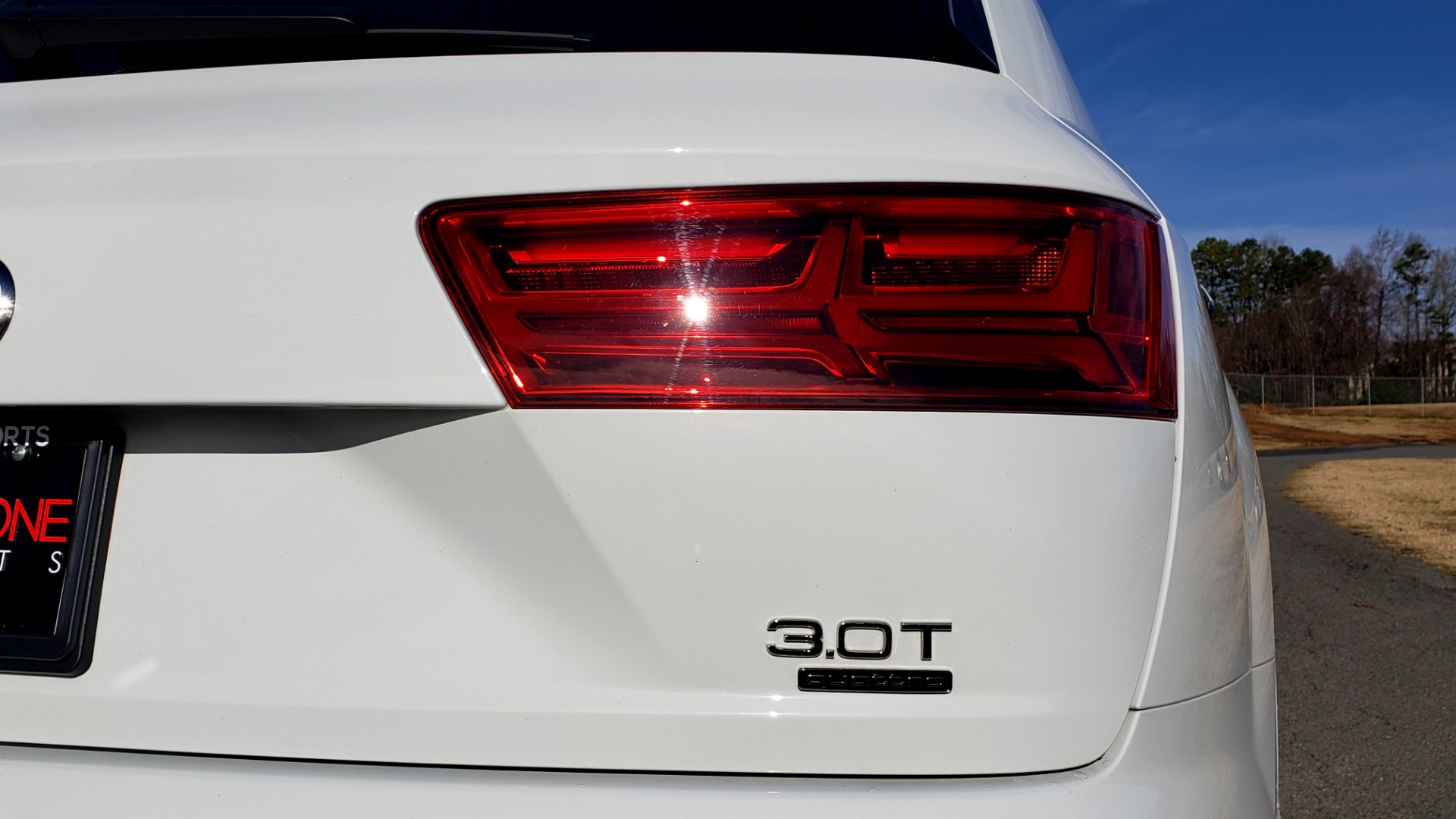 Used 2017 Audi Q7 PRESTIGE / DRVR ASST / CLD WTHR / TOW PKG / BOSE for sale Sold at Formula Imports in Charlotte NC 28227 28
