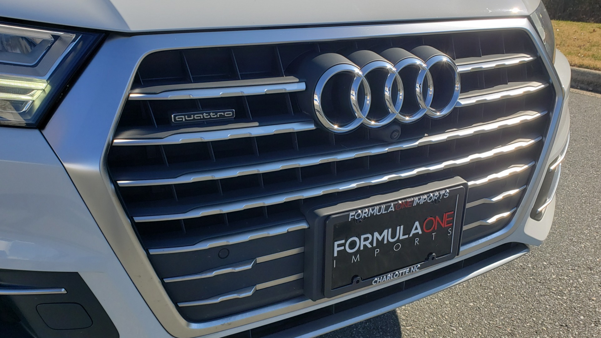 Used 2017 Audi Q7 PRESTIGE / DRVR ASST / CLD WTHR / TOW PKG / BOSE for sale Sold at Formula Imports in Charlotte NC 28227 49