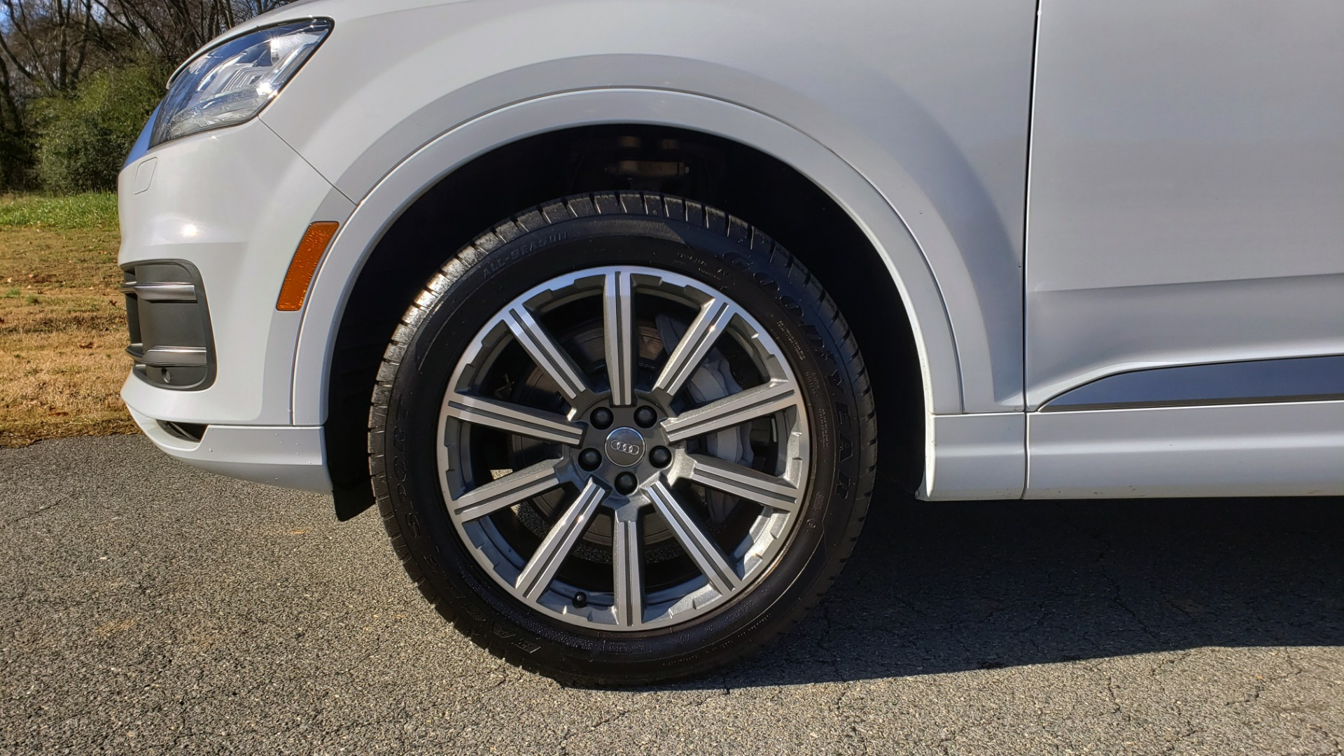 Used 2017 Audi Q7 PRESTIGE / DRVR ASST / CLD WTHR / TOW PKG / BOSE for sale Sold at Formula Imports in Charlotte NC 28227 73