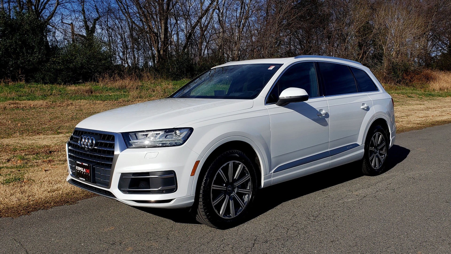 Used 2017 Audi Q7 PRESTIGE / DRVR ASST / CLD WTHR / TOW PKG / BOSE for sale Sold at Formula Imports in Charlotte NC 28227 1