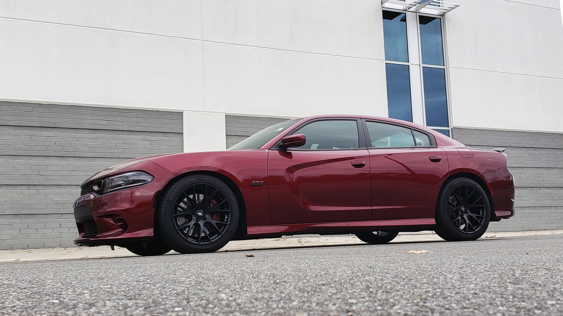 Used 2018 Dodge CHARGER R/T SCAT PACK / 6.4L 485HP / 8-SPD AUTO / HEATED / REARVIEW for sale Sold at Formula Imports in Charlotte NC 28227 2
