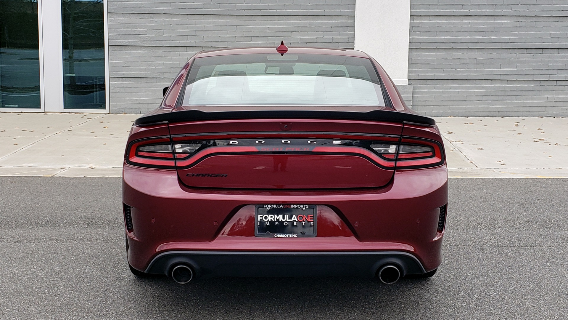 Used 2018 Dodge CHARGER R/T SCAT PACK / 6.4L 485HP / 8-SPD AUTO / HEATED / REARVIEW for sale Sold at Formula Imports in Charlotte NC 28227 31