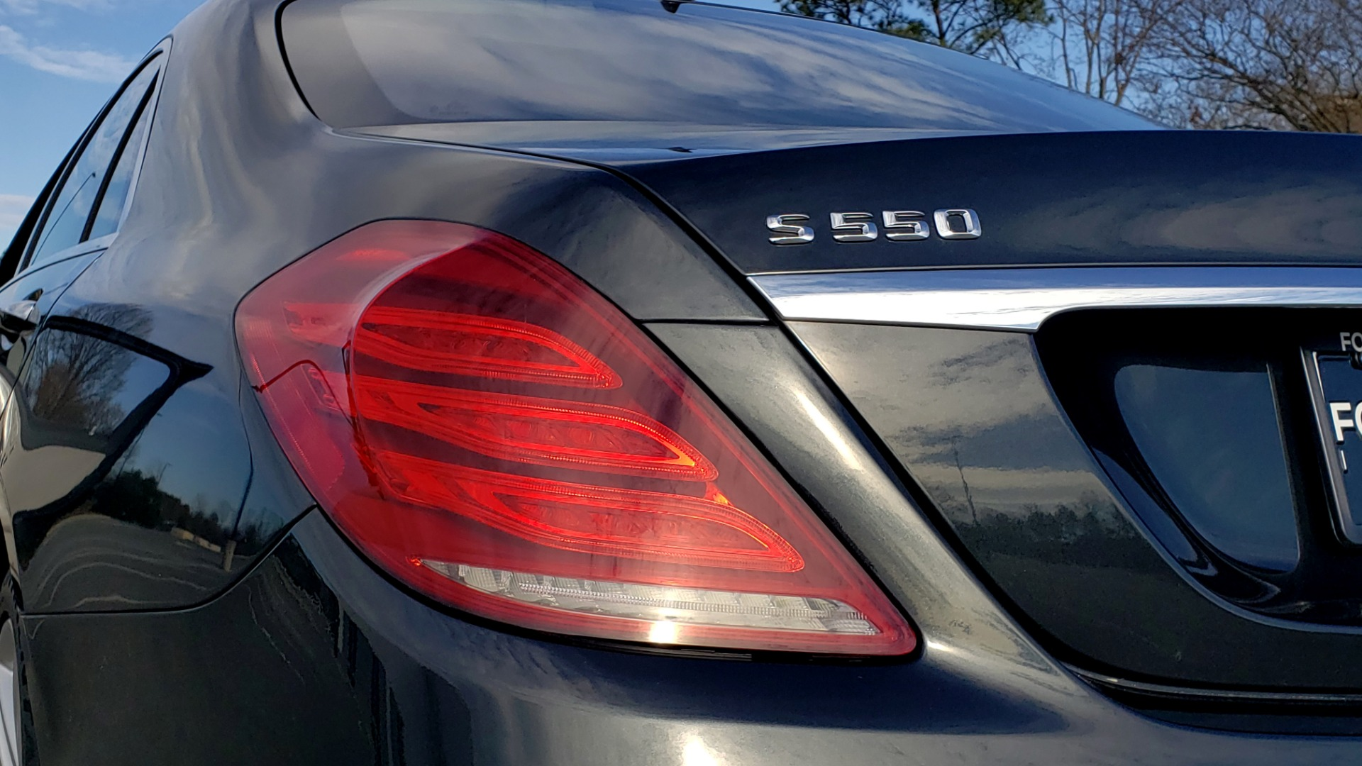 Used 2015 Mercedes-Benz S-CLASS S 550 PREMIUM / SPORT / WARMTH&COMFORT / DRVR ASST / SRND VIEW for sale Sold at Formula Imports in Charlotte NC 28227 33