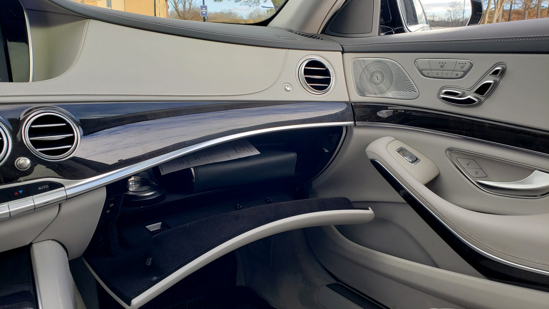Used 2015 Mercedes-Benz S-CLASS S 550 PREMIUM / SPORT / WARMTH&COMFORT / DRVR ASST / SRND VIEW for sale Sold at Formula Imports in Charlotte NC 28227 57