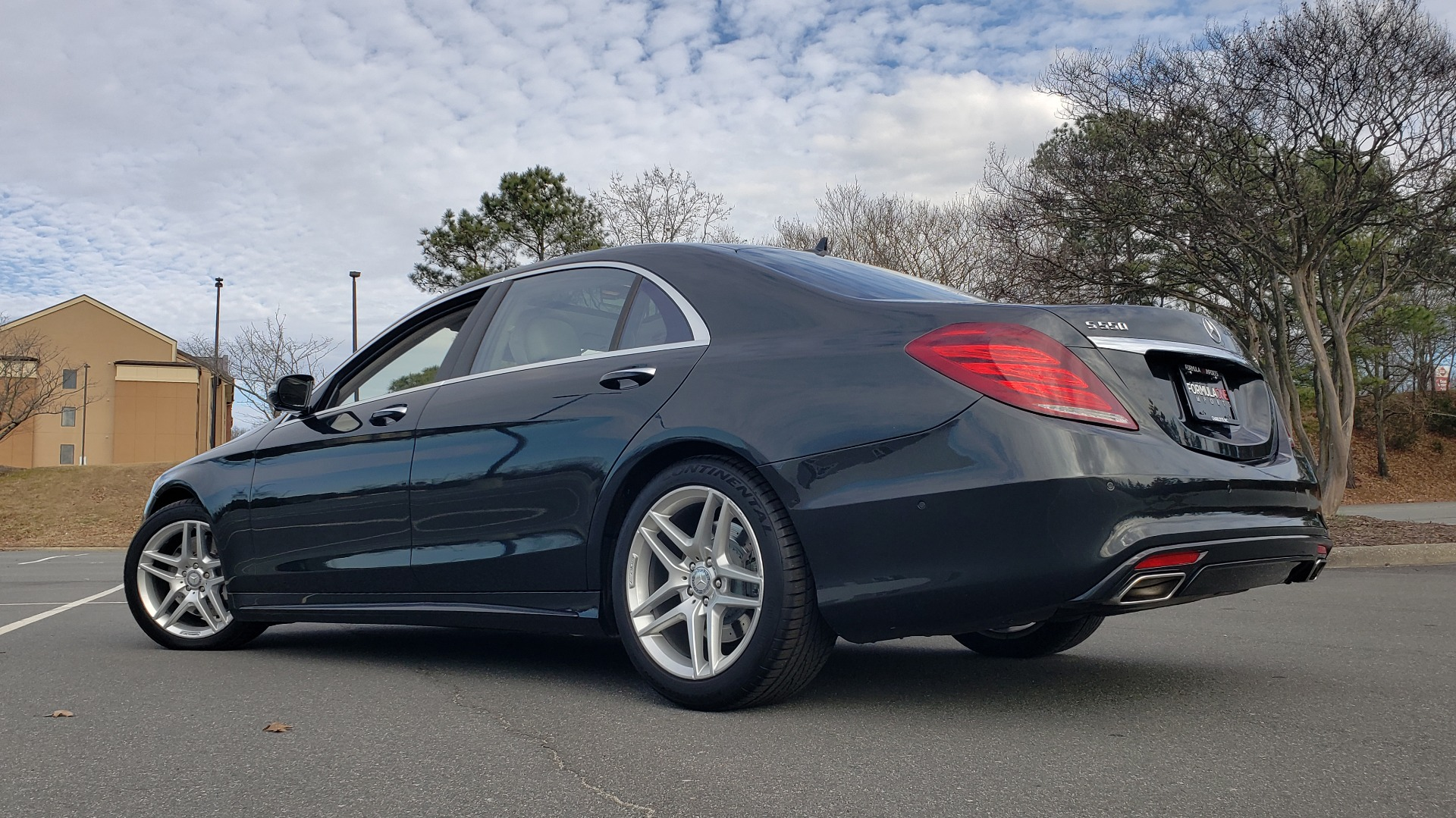 Used 2015 Mercedes-Benz S-CLASS S 550 PREMIUM / SPORT / WARMTH&COMFORT / DRVR ASST / SRND VIEW for sale Sold at Formula Imports in Charlotte NC 28227 9