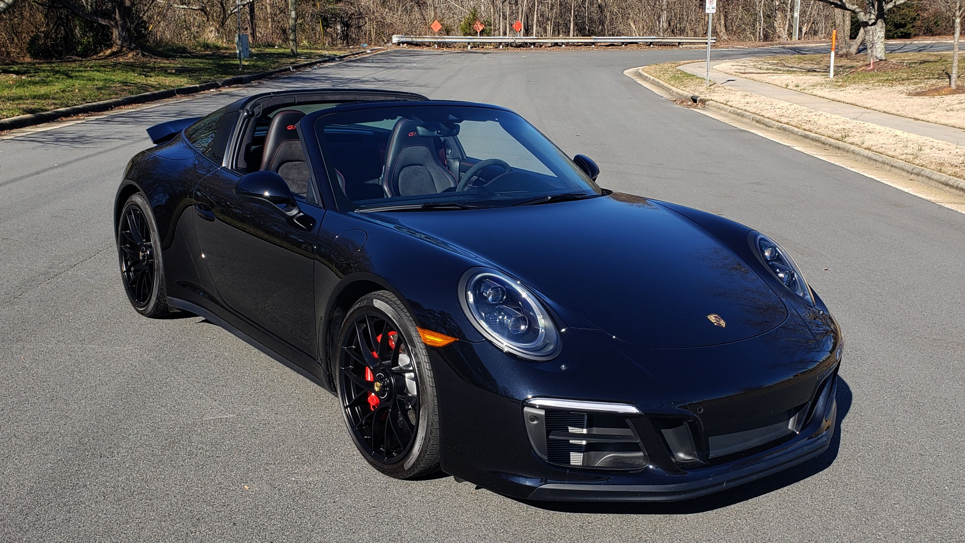 Used 2017 Porsche 911 TARGA 4 GTS / NAV / 7-SPD MANUAL / BURMESTER / REARVIEW for sale Sold at Formula Imports in Charlotte NC 28227 3