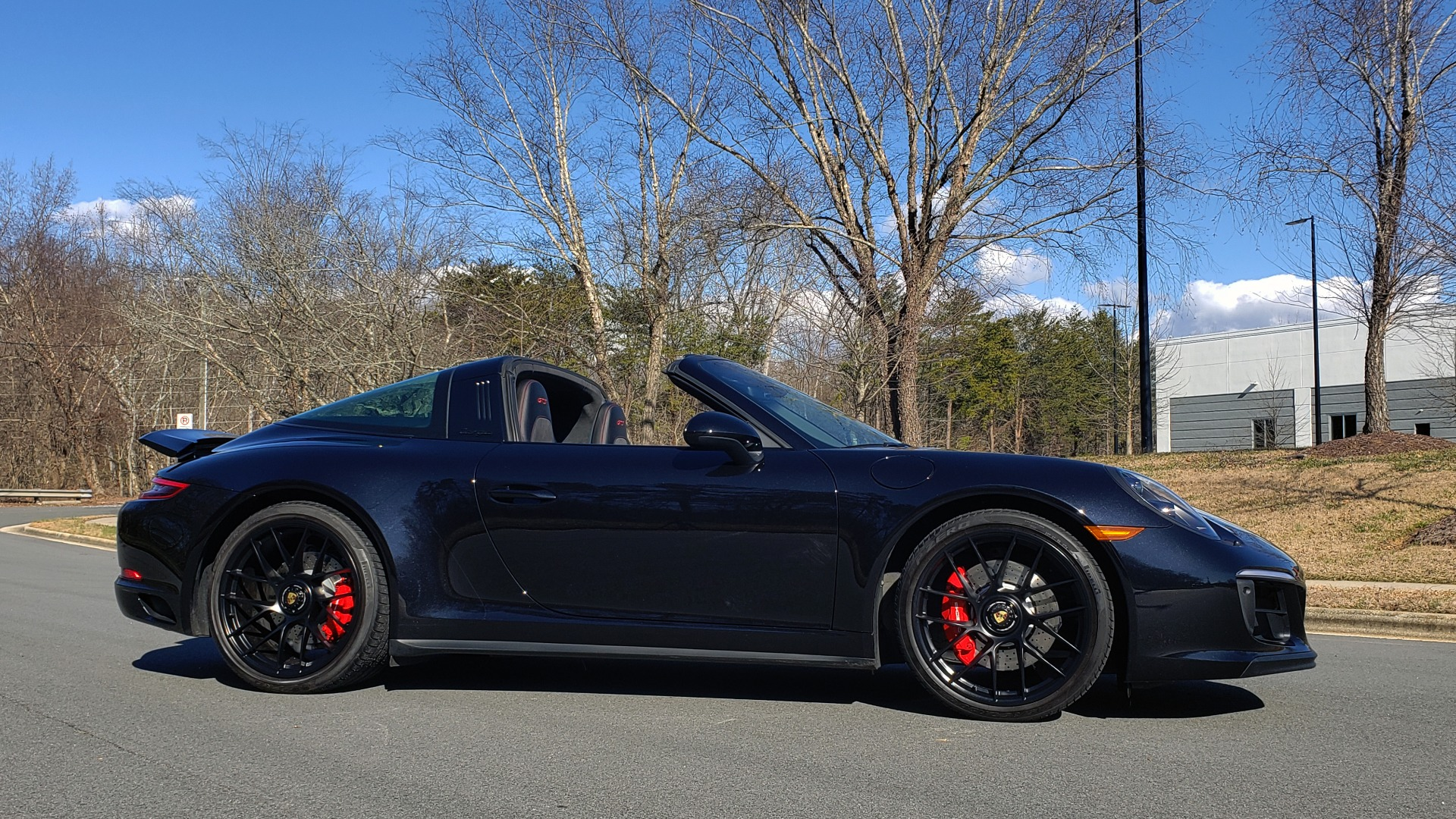 Used 2017 Porsche 911 TARGA 4 GTS / NAV / 7-SPD MANUAL / BURMESTER / REARVIEW for sale Sold at Formula Imports in Charlotte NC 28227 4