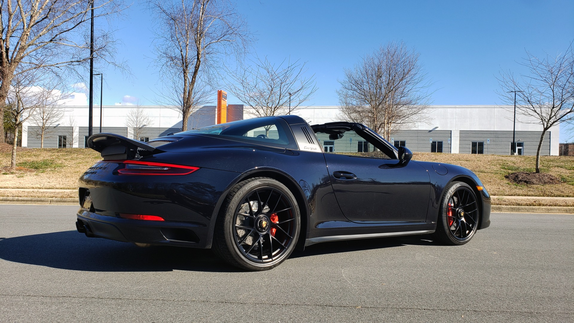 Used 2017 Porsche 911 TARGA 4 GTS / NAV / 7-SPD MANUAL / BURMESTER / REARVIEW for sale Sold at Formula Imports in Charlotte NC 28227 5