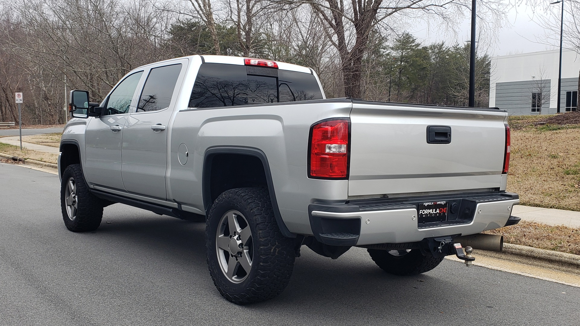 Used 2018 GMC SIERRA 2500HD DENALI 4X4 CREWCAB / 6.6L DURAMAX PLUS / NAV / SUNROOF / REARVIEW for sale $61,999 at Formula Imports in Charlotte NC 28227 4