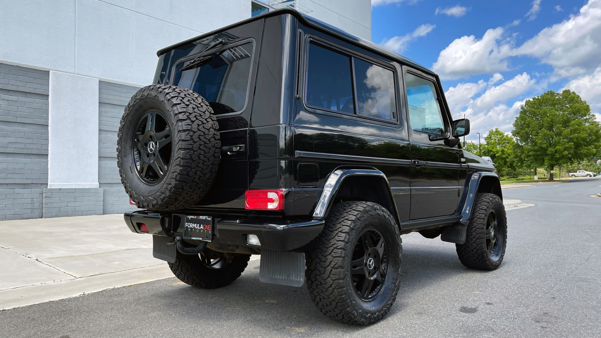 Used 1993 Mercedes-Benz 300GE 3.0L I6 / ALL-WHEEL DRIVE / 5-SPEED MANUAL for sale Sold at Formula Imports in Charlotte NC 28227 2