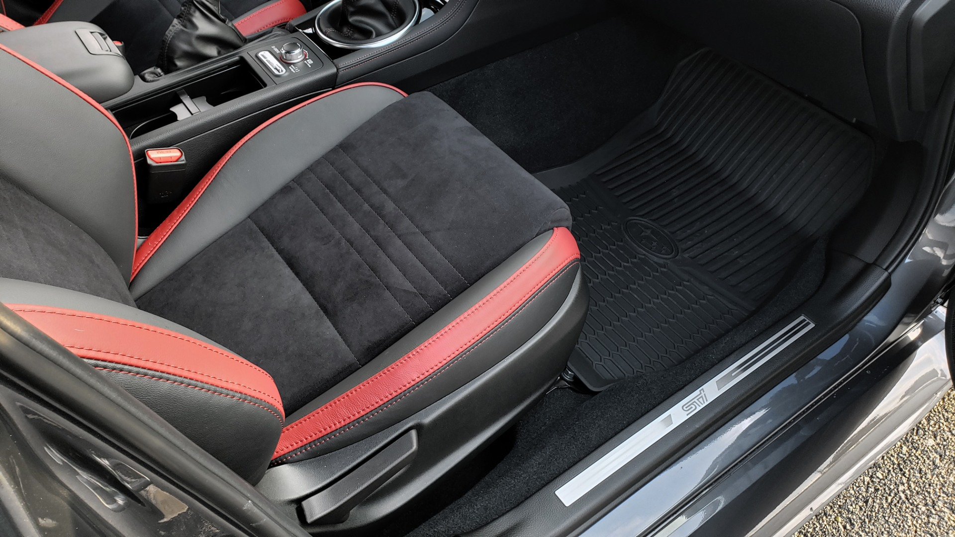 Used 2020 Subaru WRX STI 2.5L TURBO / 6-SPEED MANUAL / RECARO SEATS / REARVIEW for sale Sold at Formula Imports in Charlotte NC 28227 17