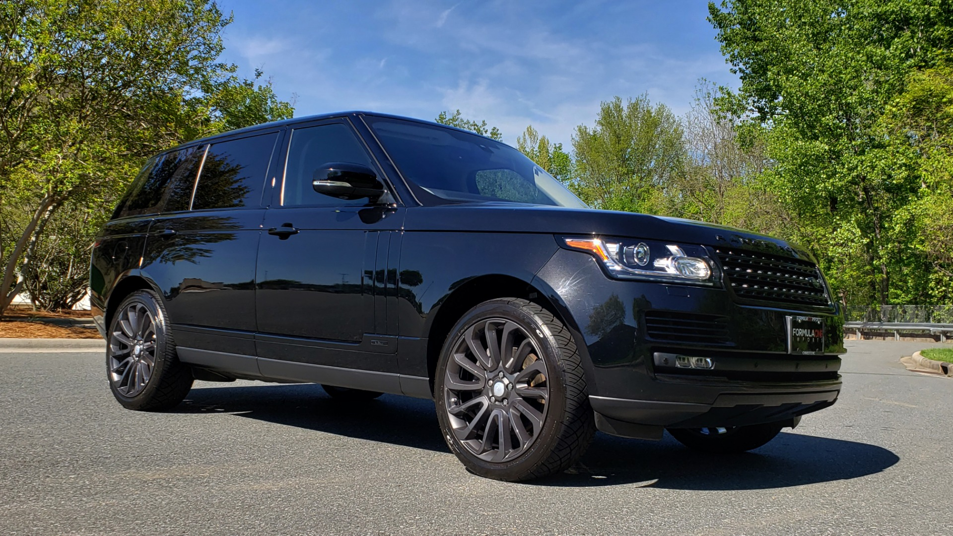 Used 2016 Land Rover RANGE ROVER SC V8 / LWB / NAV / PANO-ROOF / BURMESTER / REARVIEW for sale Sold at Formula Imports in Charlotte NC 28227 2