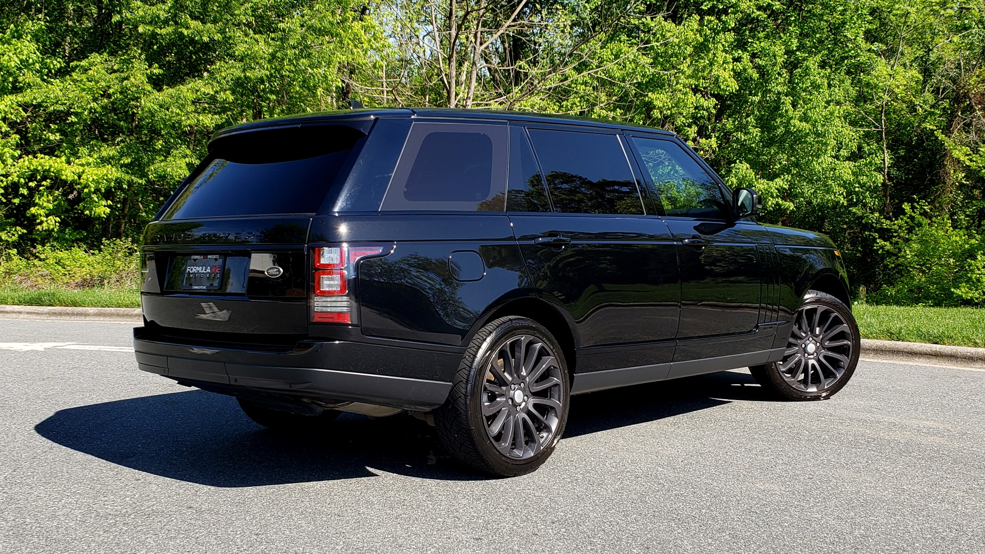 Used 2016 Land Rover RANGE ROVER SC V8 / LWB / NAV / PANO-ROOF / BURMESTER / REARVIEW for sale Sold at Formula Imports in Charlotte NC 28227 5