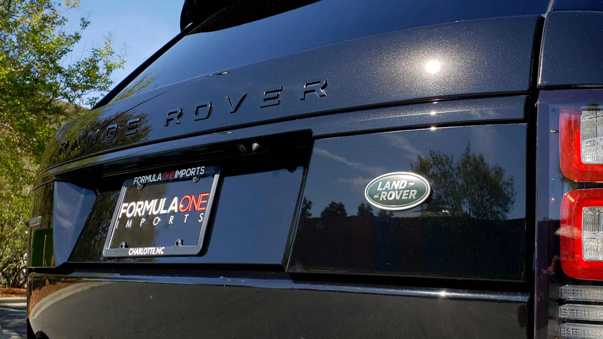 Used 2016 Land Rover RANGE ROVER SC V8 / LWB / NAV / PANO-ROOF / BURMESTER / REARVIEW for sale Sold at Formula Imports in Charlotte NC 28227 67