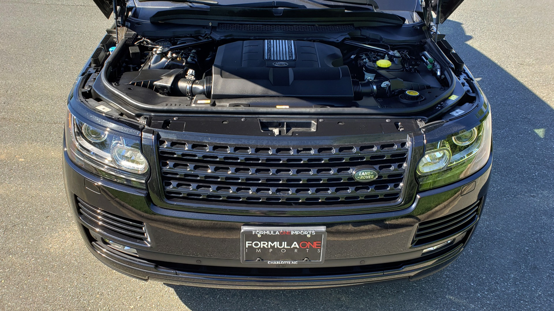 Used 2016 Land Rover RANGE ROVER SC V8 / LWB / NAV / PANO-ROOF / BURMESTER / REARVIEW for sale Sold at Formula Imports in Charlotte NC 28227 82