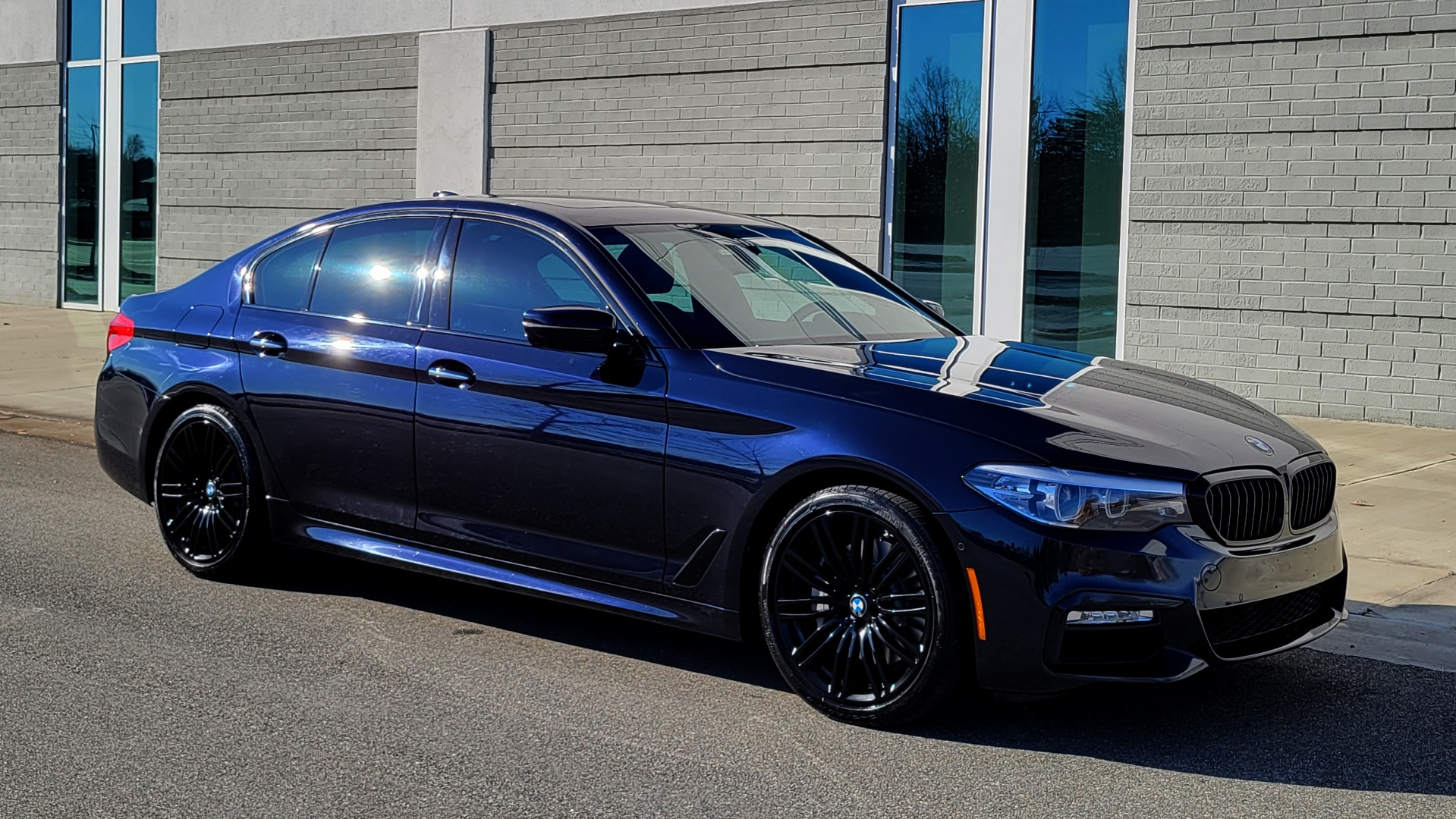 Used 2018 BMW 5 SERIES 540I XDRIVE / M-SPORT / NAV / WIFI / SUNROOF / REARVIEW for sale $36,773 at Formula Imports in Charlotte NC 28227 10