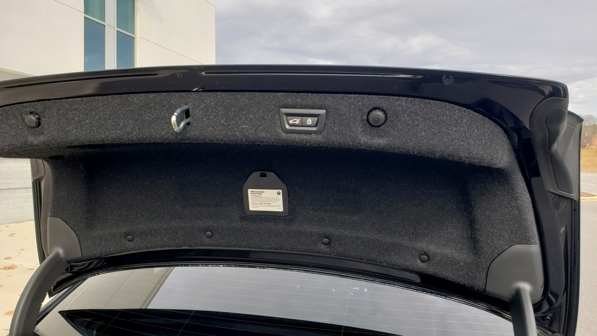 Used 2018 BMW 5 SERIES 540I XDRIVE / M-SPORT / NAV / WIFI / SUNROOF / REARVIEW for sale $36,773 at Formula Imports in Charlotte NC 28227 27
