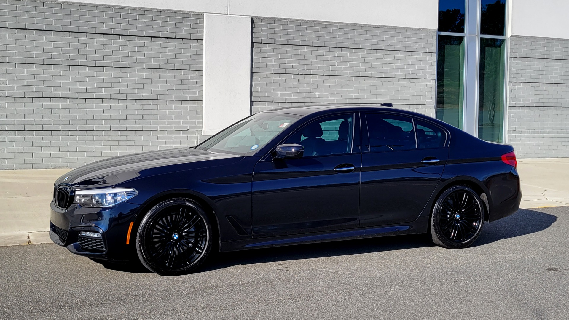 Used 2018 BMW 5 SERIES 540I XDRIVE / M-SPORT / NAV / WIFI / SUNROOF / REARVIEW for sale $36,773 at Formula Imports in Charlotte NC 28227 4