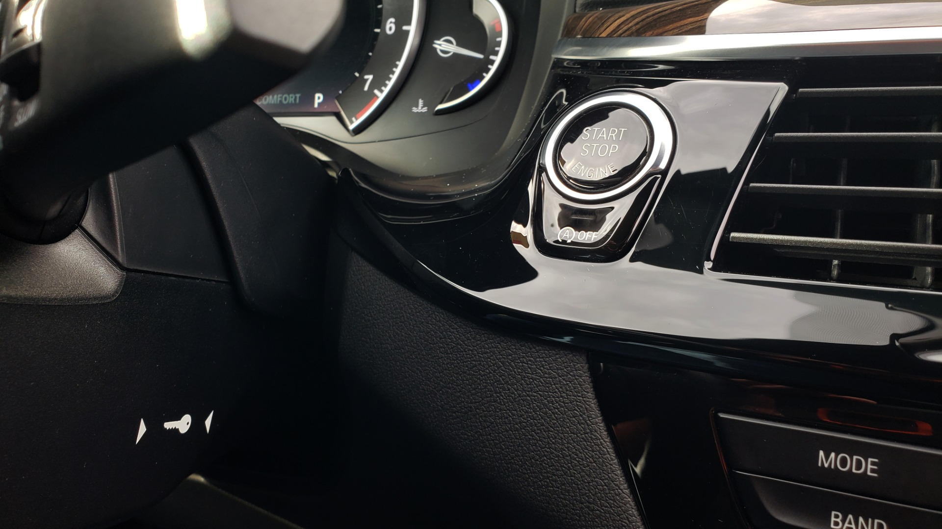 Used 2018 BMW 5 SERIES 540I XDRIVE / M-SPORT / NAV / WIFI / SUNROOF / REARVIEW for sale $36,773 at Formula Imports in Charlotte NC 28227 44