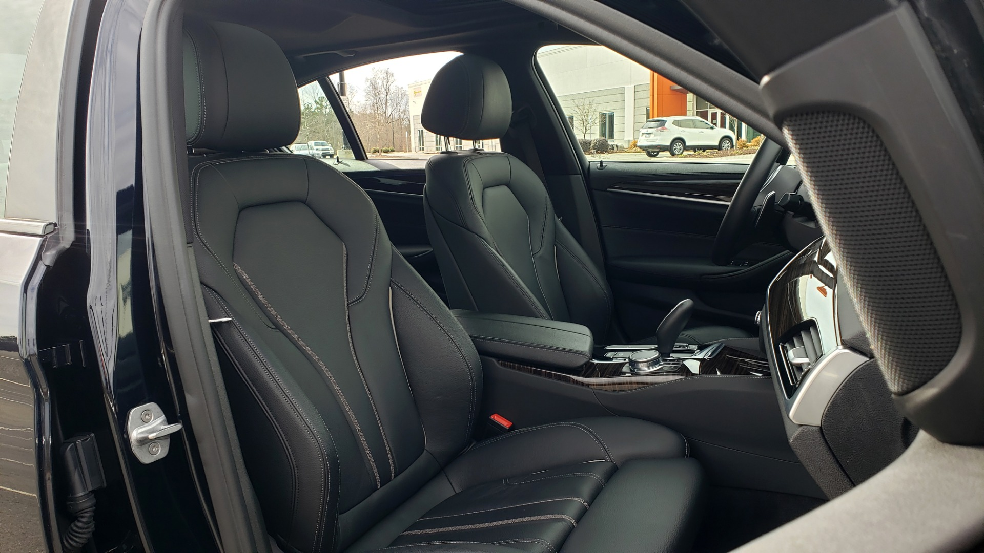 Used 2018 BMW 5 SERIES 540I XDRIVE / M-SPORT / NAV / WIFI / SUNROOF / REARVIEW for sale $36,773 at Formula Imports in Charlotte NC 28227 66