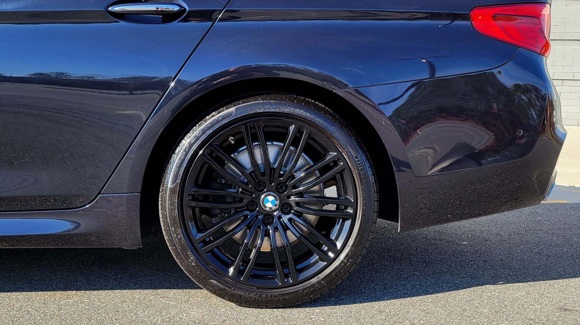 Used 2018 BMW 5 SERIES 540I XDRIVE / M-SPORT / NAV / WIFI / SUNROOF / REARVIEW for sale $36,773 at Formula Imports in Charlotte NC 28227 79