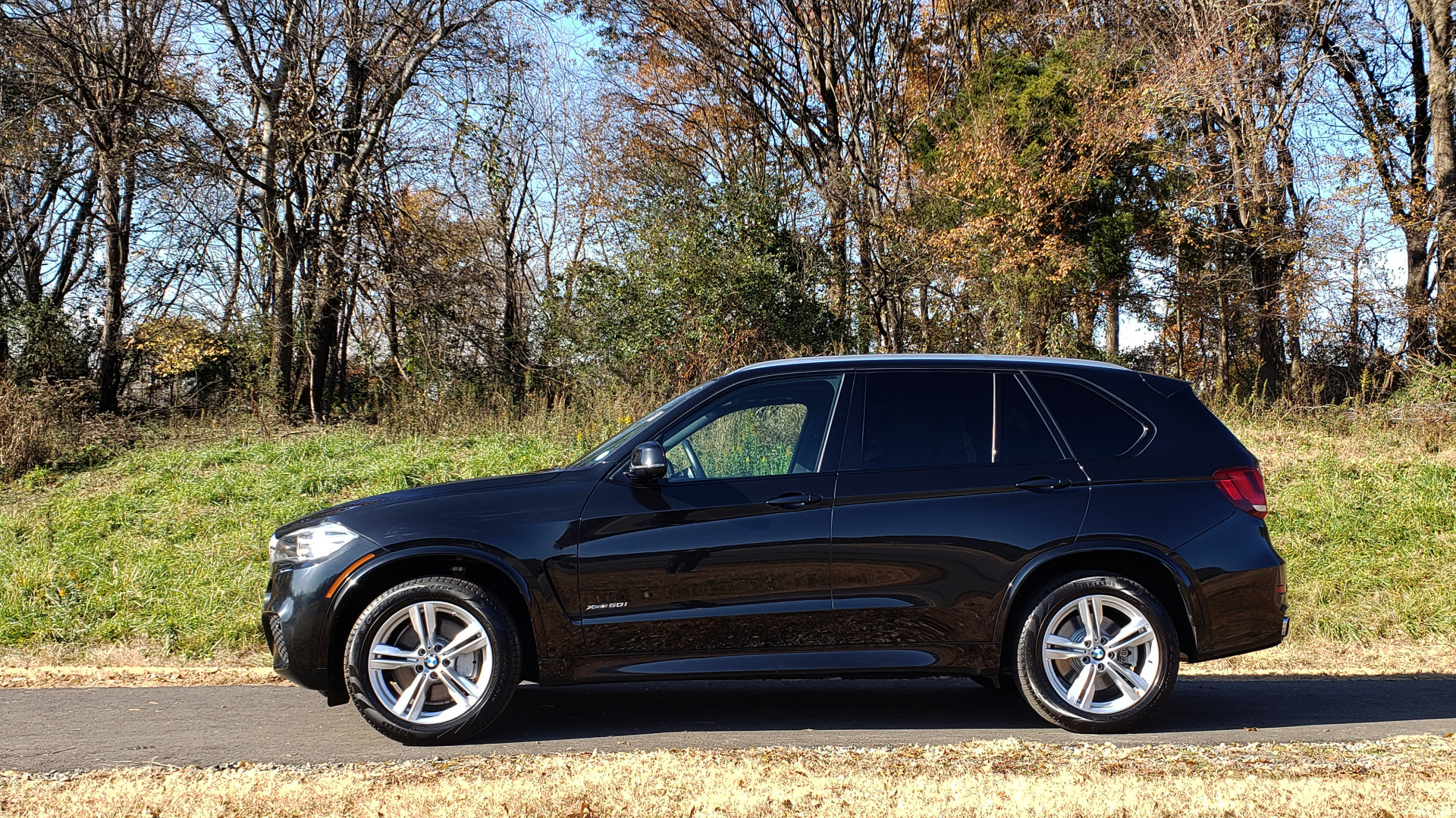Used 2017 BMW X5 xDrive50i M-SPORT / EXEC PKG / DRVR ASST PLUS / CLD WTHR for sale Sold at Formula Imports in Charlotte NC 28227 2
