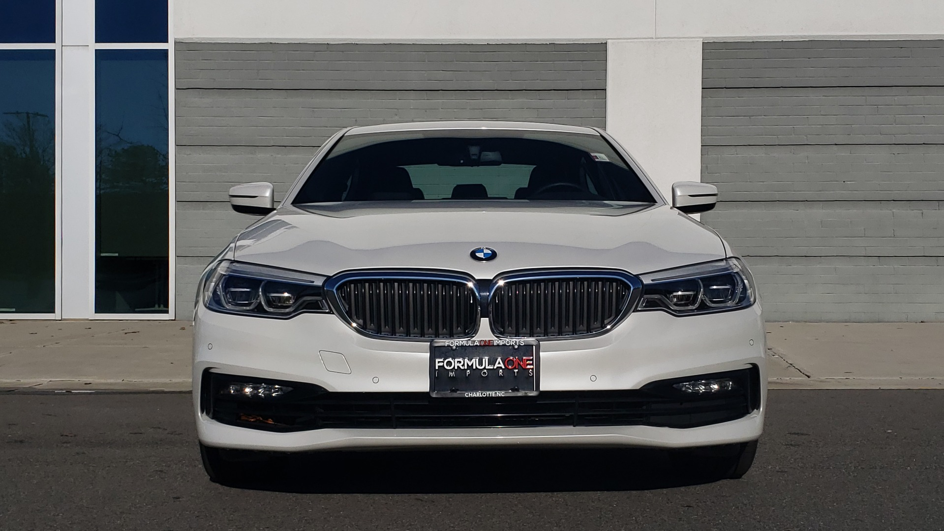 Used 2017 BMW 5 SERIES 540I XDRIVE PREMIUM / NAV / DRVR ASST / CLD WTHR / REARVIEW for sale $34,995 at Formula Imports in Charlotte NC 28227 17