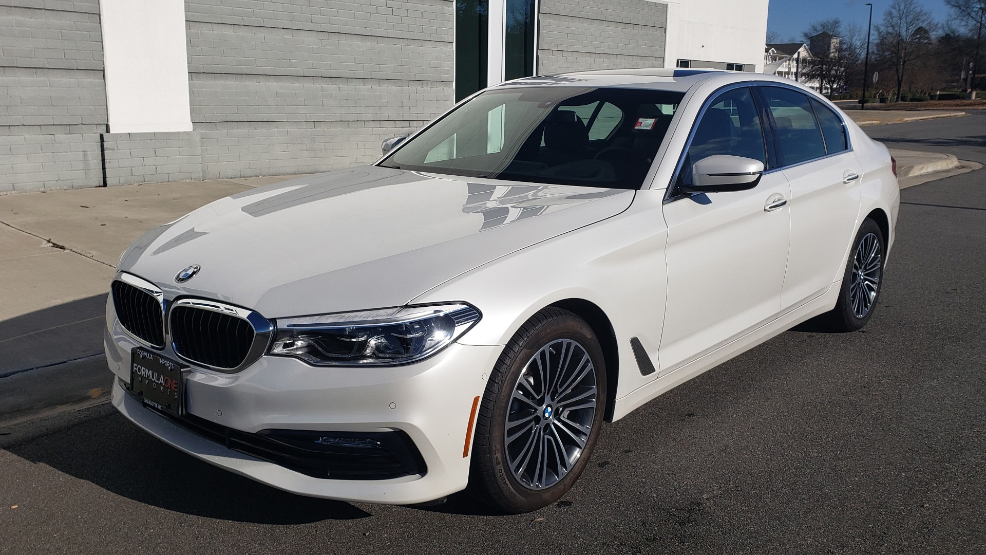 Used 2017 BMW 5 SERIES 540I XDRIVE PREMIUM / NAV / DRVR ASST / CLD WTHR / REARVIEW for sale $34,995 at Formula Imports in Charlotte NC 28227 2