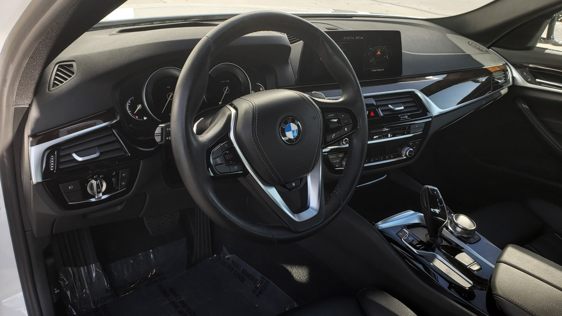 Used 2017 BMW 5 SERIES 540I XDRIVE PREMIUM / NAV / DRVR ASST / CLD WTHR / REARVIEW for sale $34,995 at Formula Imports in Charlotte NC 28227 33