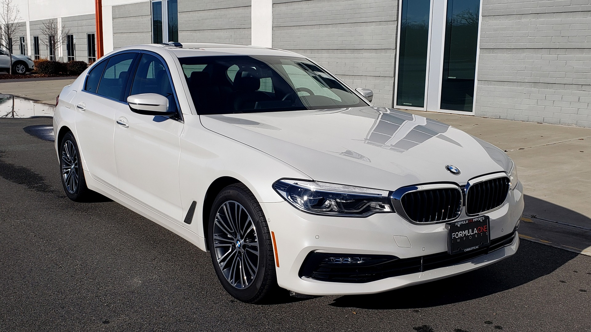 Used 2017 BMW 5 SERIES 540I XDRIVE PREMIUM / NAV / DRVR ASST / CLD WTHR / REARVIEW for sale $34,995 at Formula Imports in Charlotte NC 28227 5