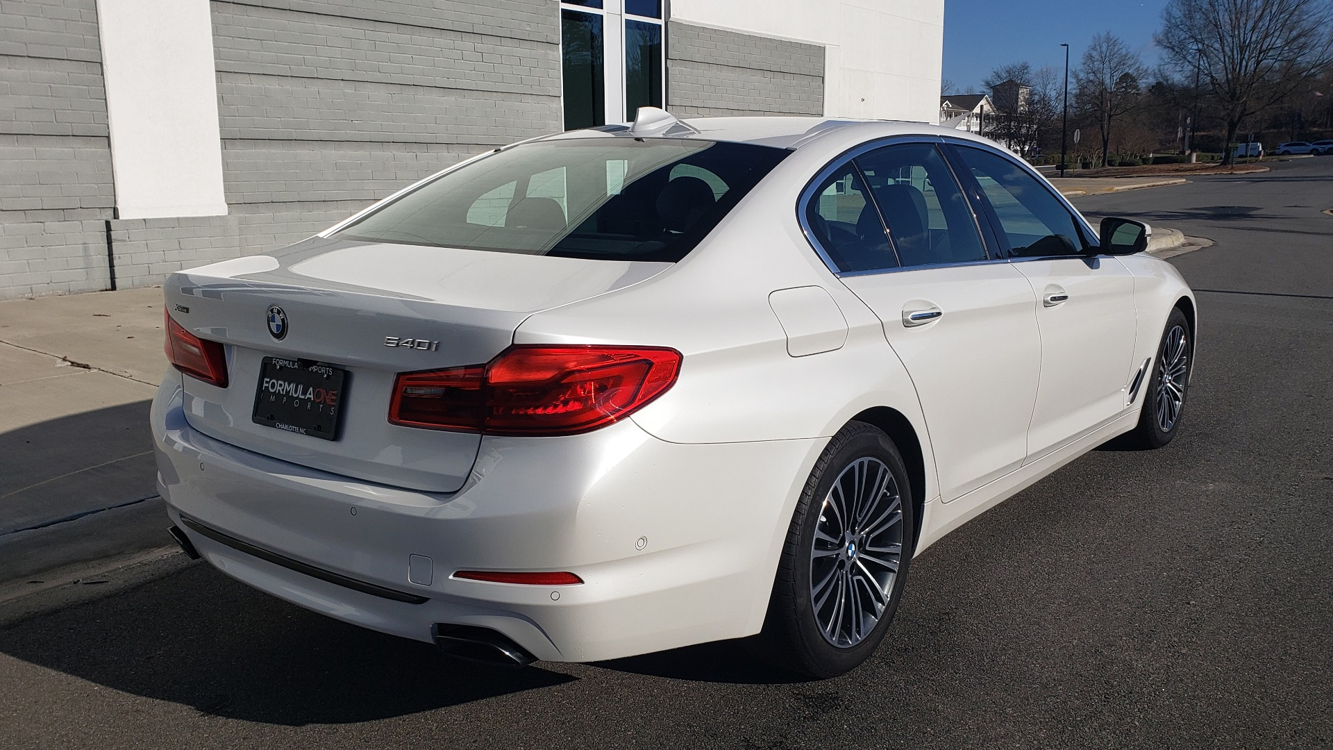 Used 2017 BMW 5 SERIES 540I XDRIVE PREMIUM / NAV / DRVR ASST / CLD WTHR / REARVIEW for sale $34,995 at Formula Imports in Charlotte NC 28227 7