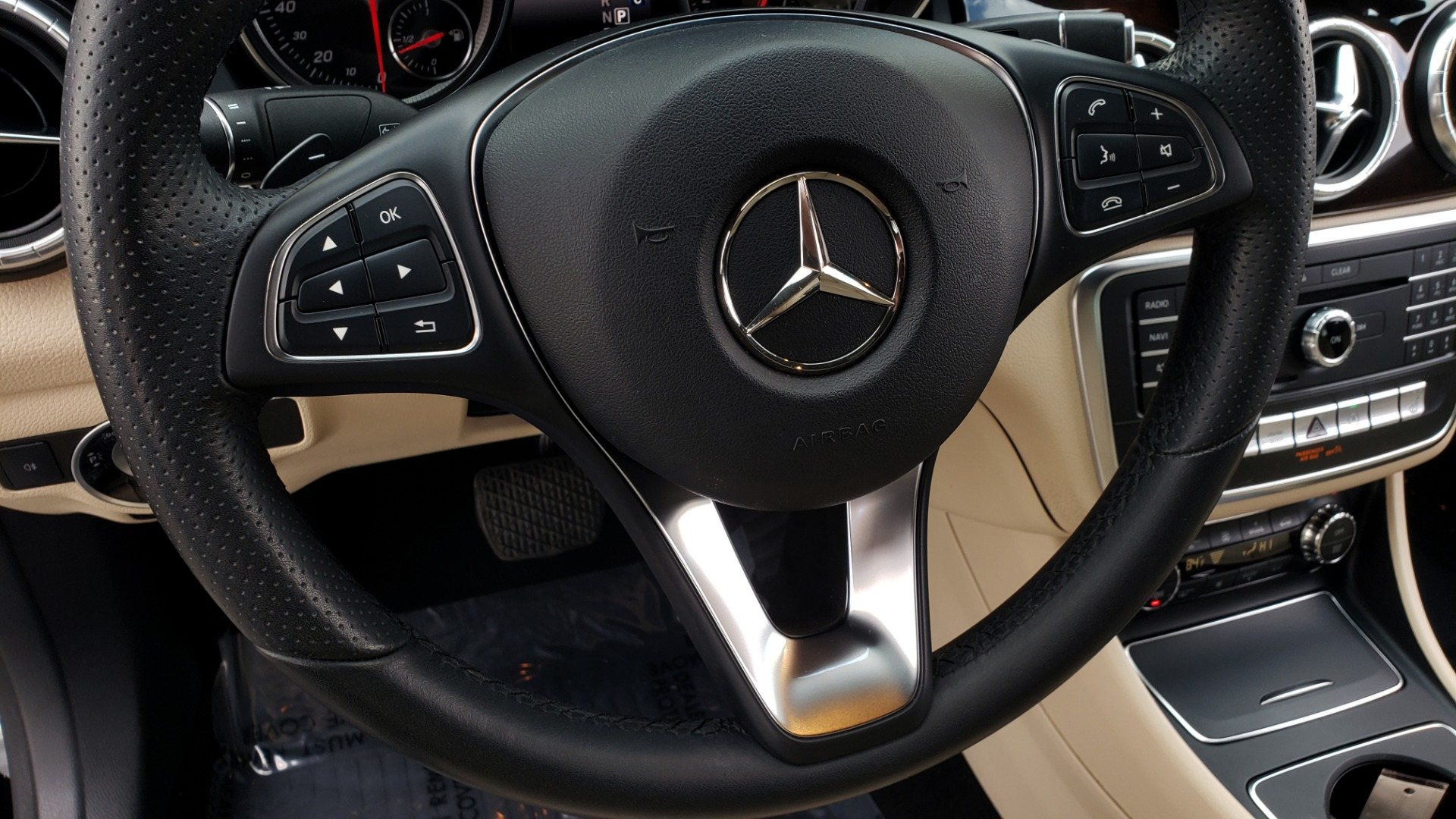 Used 2018 Mercedes-Benz CLA 250 / HEATED SEATS / BSA / APPLE CARPLAY / ANDROID AUTO / 18IN WHEEL for sale $24,195 at Formula Imports in Charlotte NC 28227 38